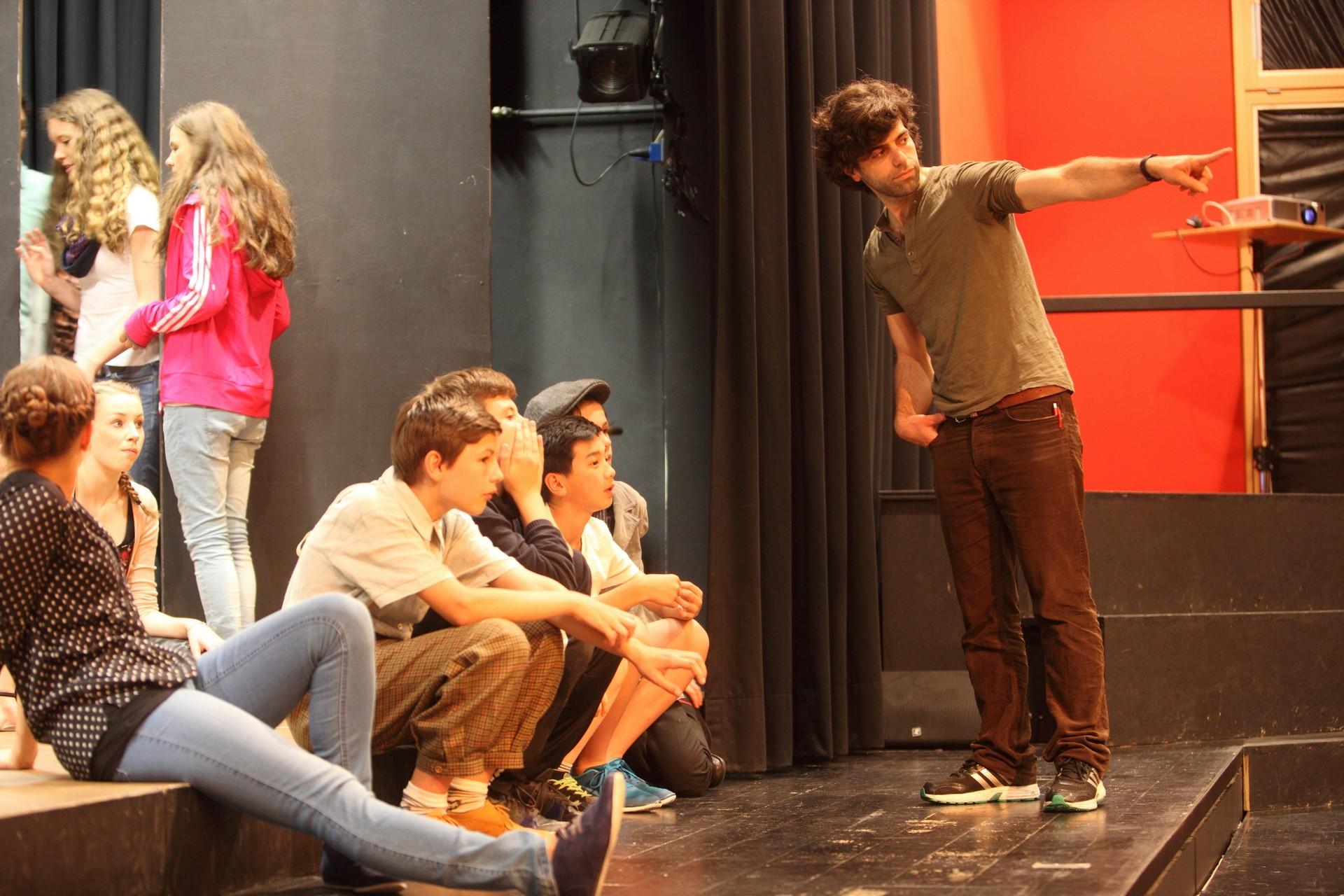 Zeigen-Bühnenprobe_Evita2014